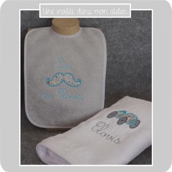 coffret-cadeau de naissance-bavir éponge personnalisée-serviette de toilette personnalisée-adelajda printed in Japan