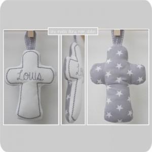 croix en tissu-cadeau de baptême-tissu étoiles2