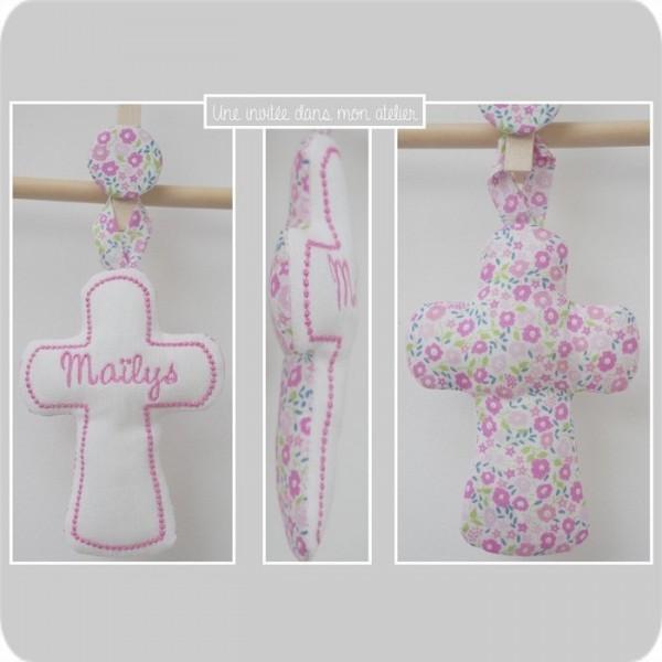 croix en tissu-personnalisée-Liberty fairford rose