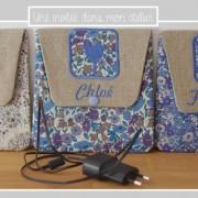 pochette à chargeur-Liberty-adelajda beige-poppy and daisy-delilah cavendish bleu