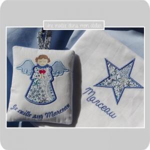 lange et ange gardien à suspendre-Liberty adelajda bleu