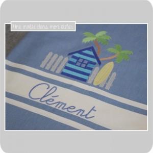 fouta-personnalisée-cabane de plage-palmiers-planche de surf-une invitée dans mon atelier