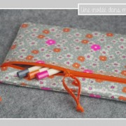 trousse enduite-magnets-tissu Petit Pan Fleur des îles