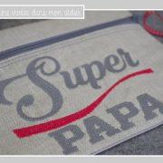 trousse-lin enduit-super papa-gris et rouge-détail