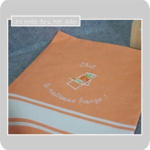 fouta-brodée-personnalisée-Liberty-betsy orange