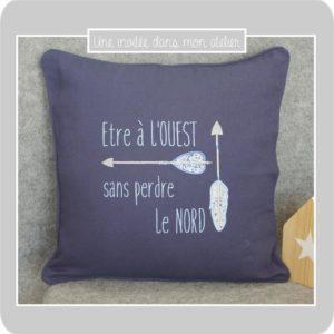 coussin-personnalisé-cadeau de départ-Liberty-wiltshire bleu-adelajda bleu
